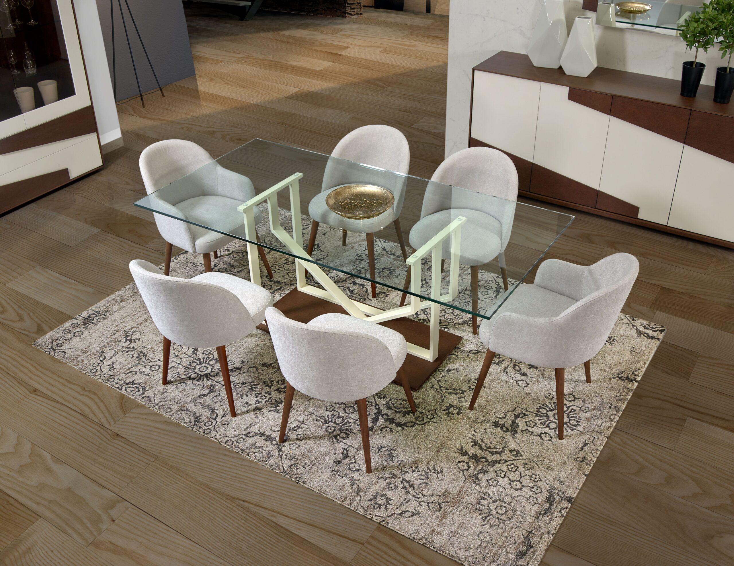 Mesa em vidro com cadeirões de mesa jantar